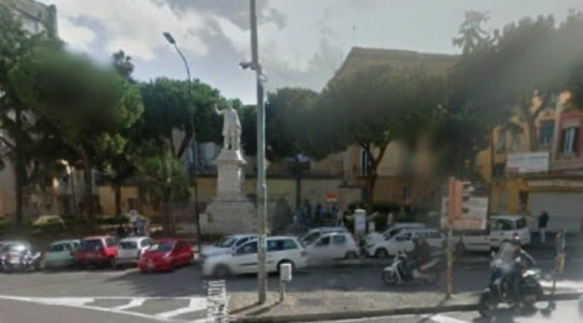 Corso Vittorio Emanuele ampio appartamento in vendita Napoli