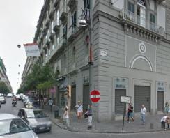 Via Duomo Appartamento di 180 mq. in vendita  Napoli