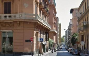 Appartamento in vendita  via dei Mille, Napoli