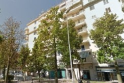 Largo Alessandro Lala luminoso appartamento ristrutturato Napoli