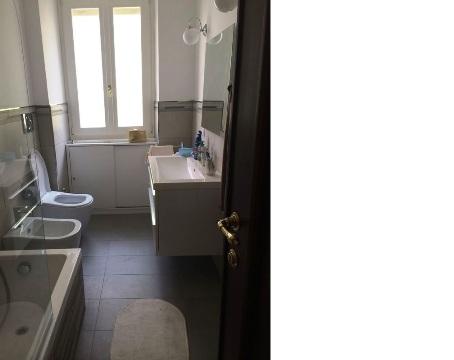 bagno2_appartamento_roma