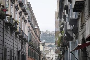 Via Monte di Dio fittasi monolocale  Napoli