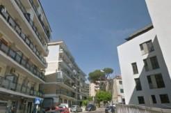 Via Ponti Rossi quadrilocale ristrutturato terrazzo Napoli
