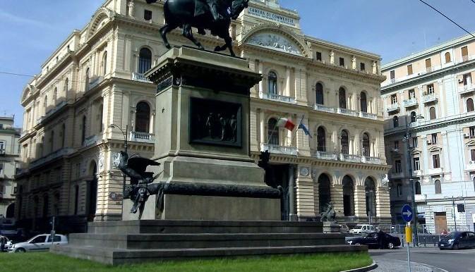 Piazza_Giovanni_Bovio_Napoli