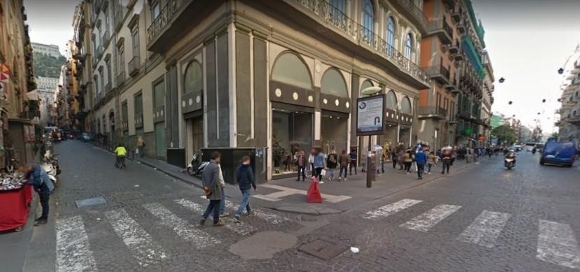 Nelle _adiacenze_di_Via _Toledo_trilocale_in_vendita_Napoli