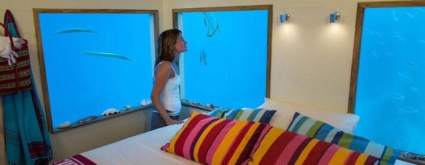 Dormire con i pesci-suite di lusso hotel subacqueo