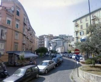 Bilocale in vendita via Giacinto Gigante, Napoli