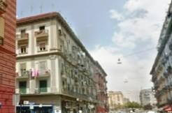 via Nazionale luminoso bilocale in vendita Napoli posto al terzo piano