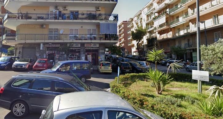 Viale_Colli_Aminei_Napoli_in_vendita_caseper