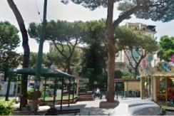 Piazza Gian Battista Vico disponiamo in vendita quadrilocale Napoli