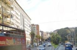 Piazza Cavour palazzo signorile cemento armato bivano in vendita Napoli