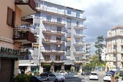 Via Alessandro Manzoni quadrilocale in vendita Napoli