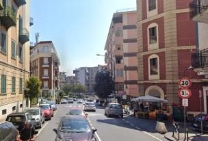 Via Domenico Fontana  in vendita quadrilocale e bagno Napoli