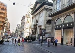 Nella parte storica della città di Napoli appartamento in vendita