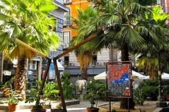 Piazzetta Duca d'Aosta Appartamento di 6 locali 3 bagni in vendita Napoli