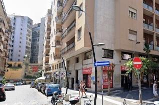 Via Armando Diaz locale commerciale di circa 256 mq. in affitto Napoli