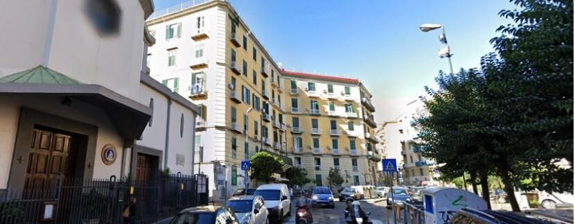piazza_canneto_chiesa_napoli