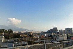 Piazza carlo III appartamento ristrutturato in vendita Napoli